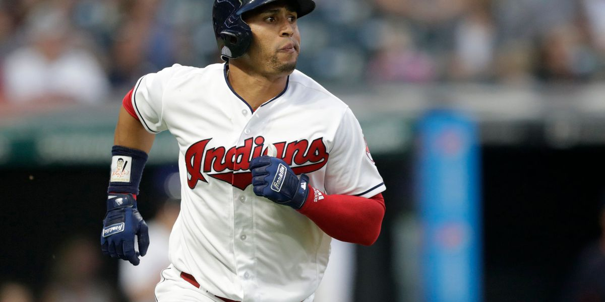 Cleveland Indians players pay tribute to hospitalized teammate Leonys Martín
