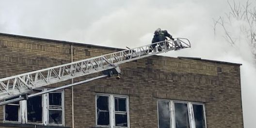 3-story Cleveland apartment building catches fire