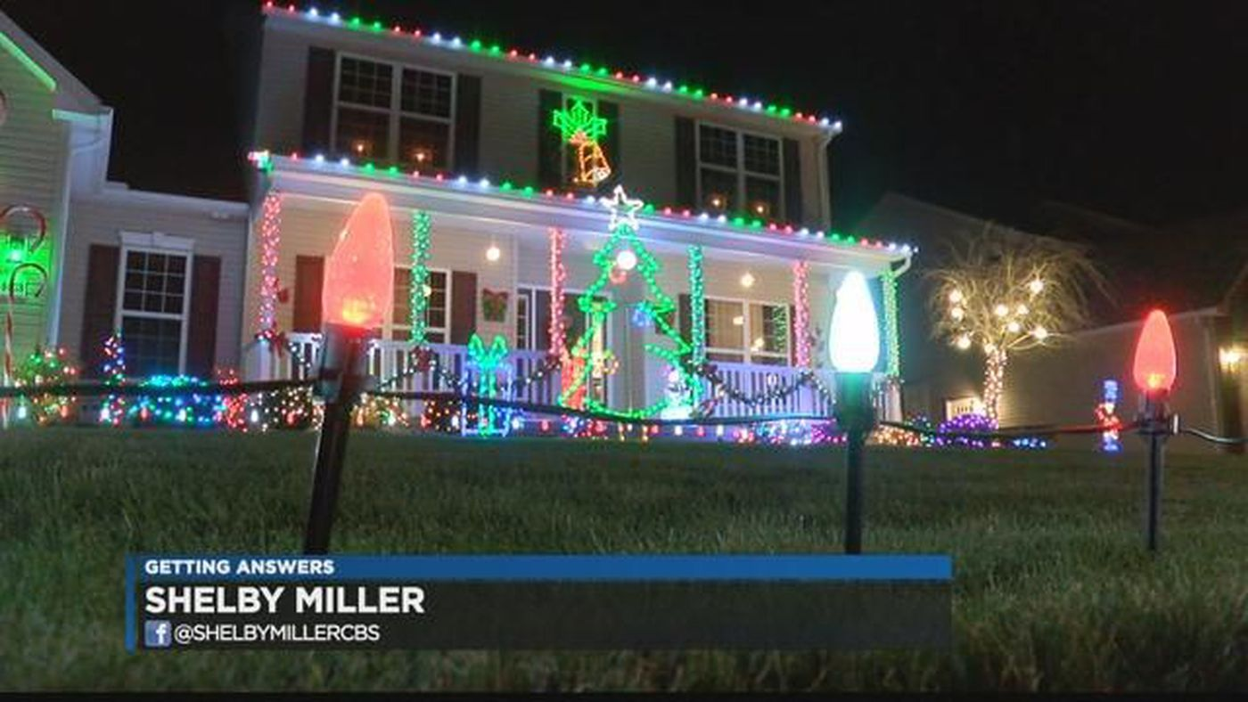 North Ridgeville police searching for Christmas light-cutting vandal