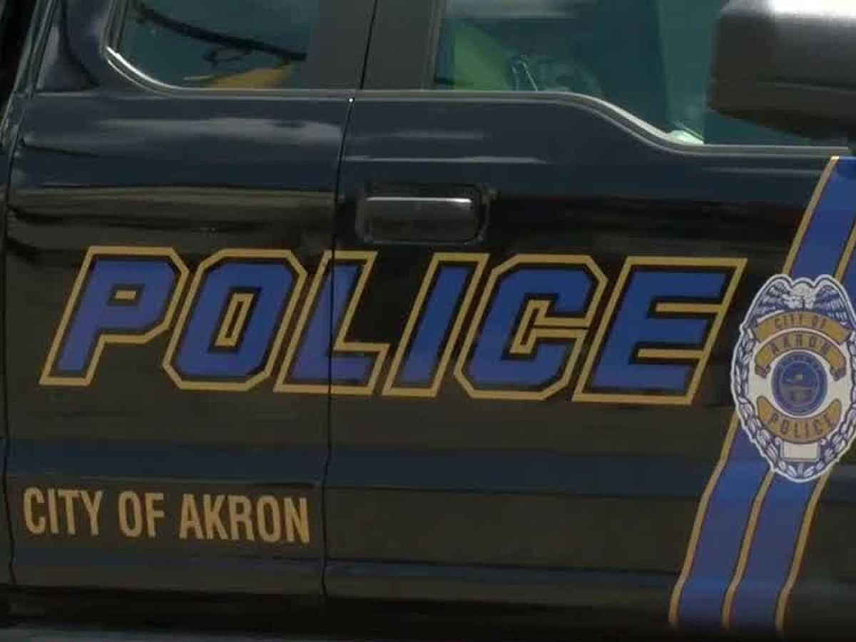 Husband takes himself to hospital after being shot by wife, Akron police say