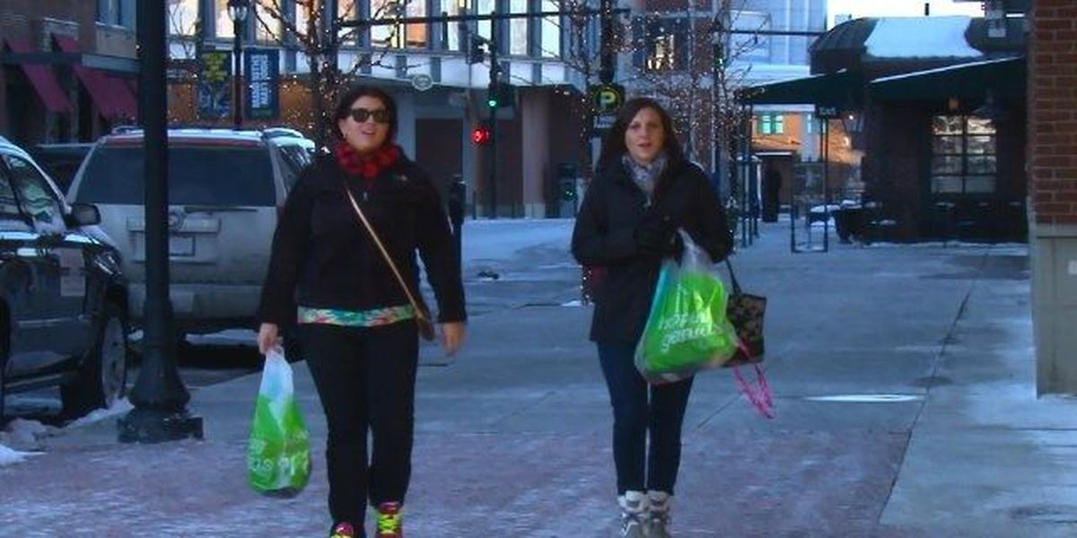 Bitter cold impacts shoppers