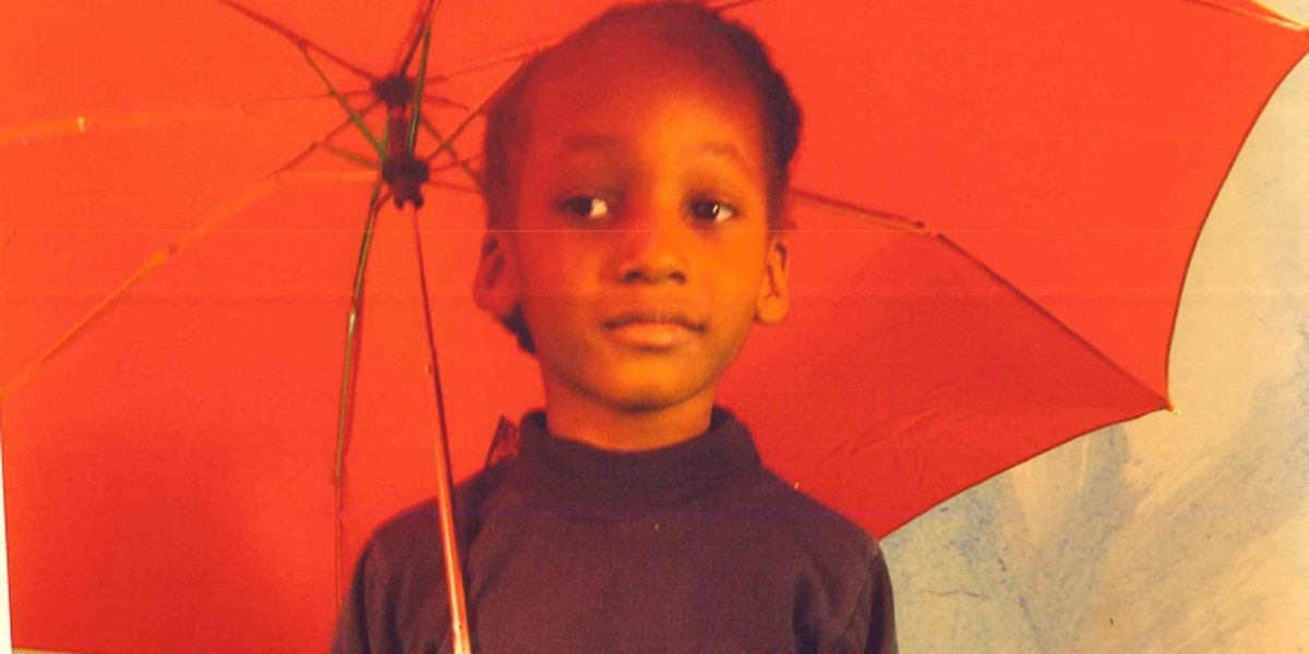 11-year-old boy last seen walking to Cleveland store goes missing