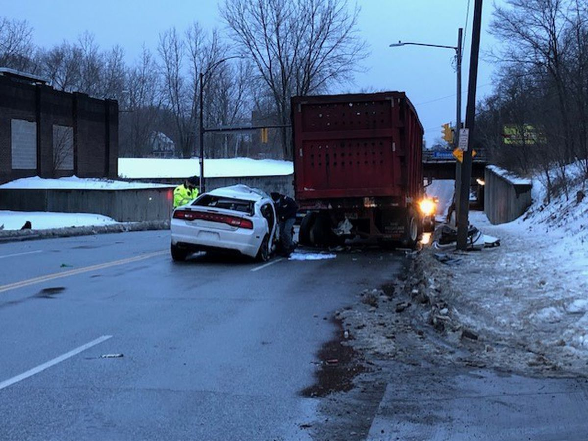 Crash kills 1 person on impact, sends 2 to hospital in Cleveland