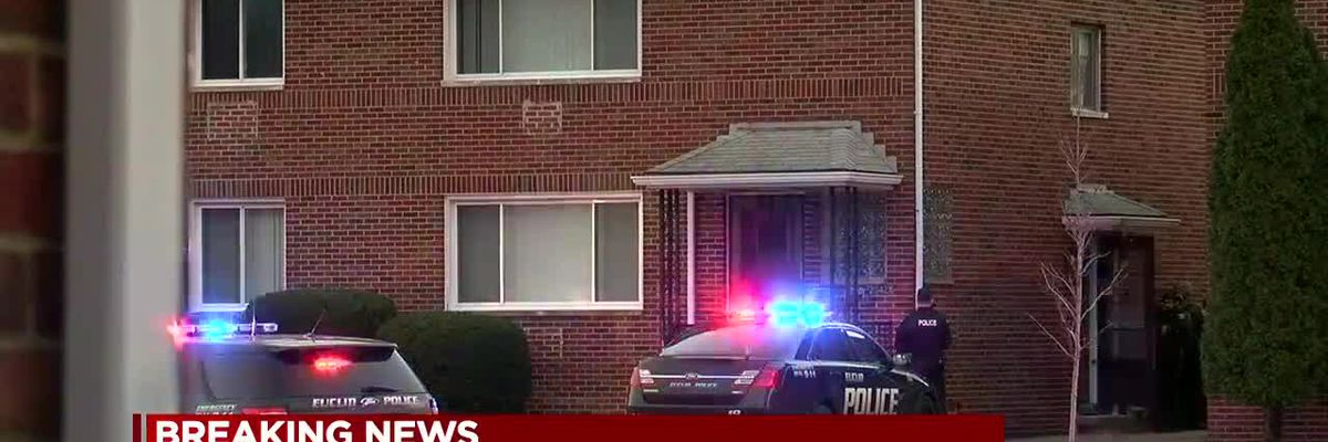 Euclid police, SWAT surround house after man shot