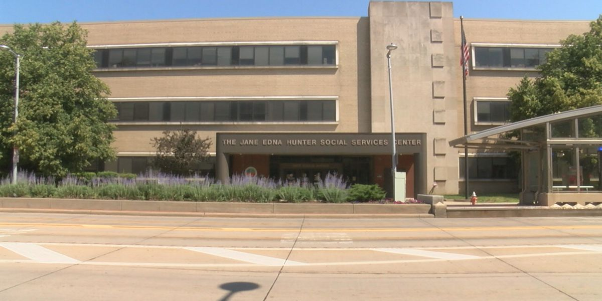 Teens living in Cuyahoga County office building due to difficulty in foster placement