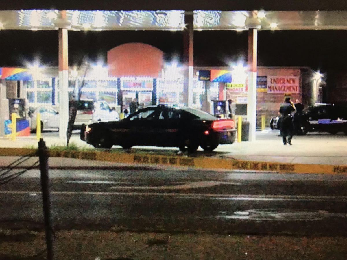 Update: 26-year-old shot and killed just before midnight at gas station