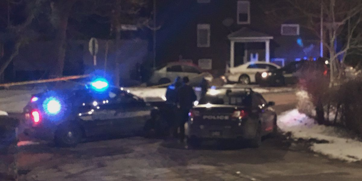 Officials identify 40-year-old man killed in Woodstock Avenue shooting