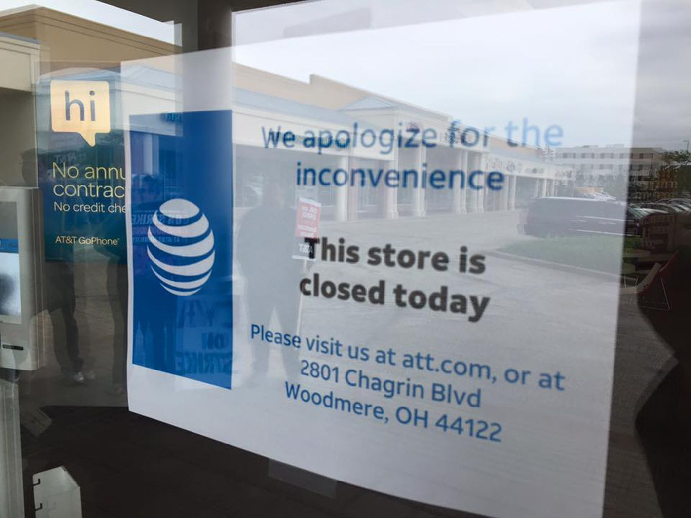 Northeast Ohio At T Employees Walk Out Prompt Temporary Store Closures