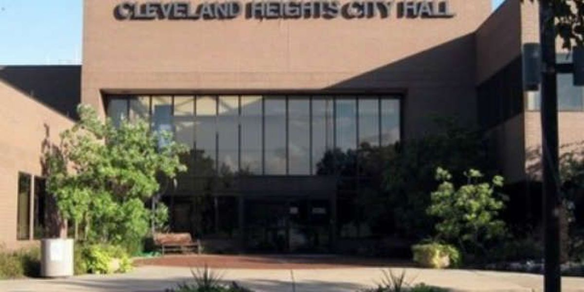 Authorities on the lookout for 2 men after attempted Cleveland Heights carjacking