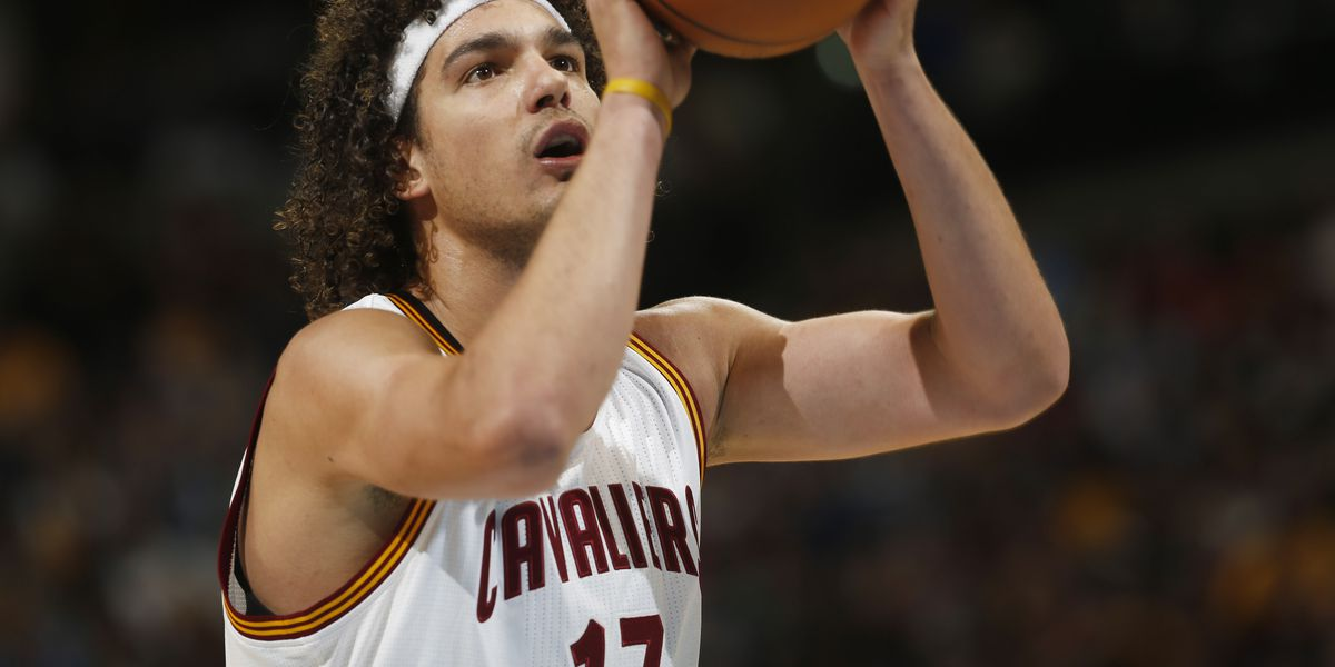 Fan favorite Anderson Varejao will finish his career with Cavaliers