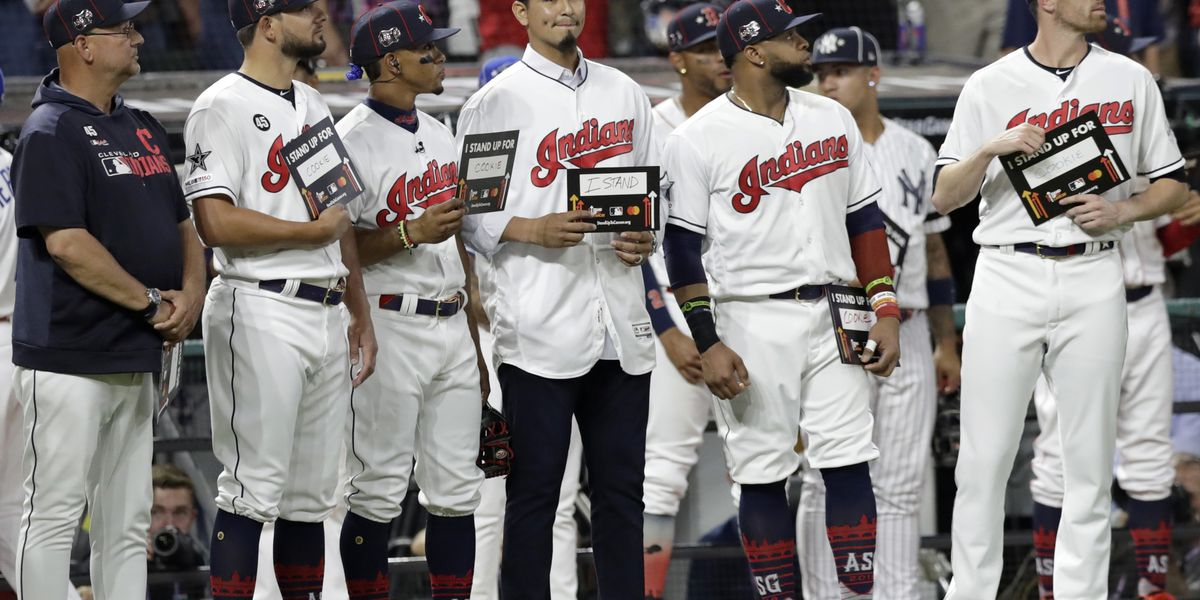 Cleveland Indians pitcher Carlos Carrasco named Roberto Clemente Award winner for work in community