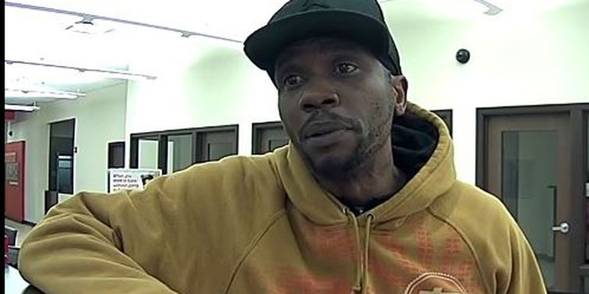 Akron police looking for homeless man who tried to rob a bank, threatened to kill everyone