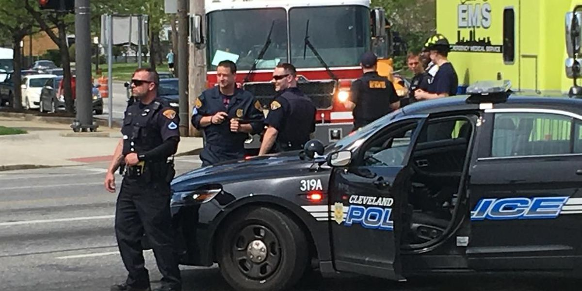 Man finds grenades in Cleveland, bomb squad on scene