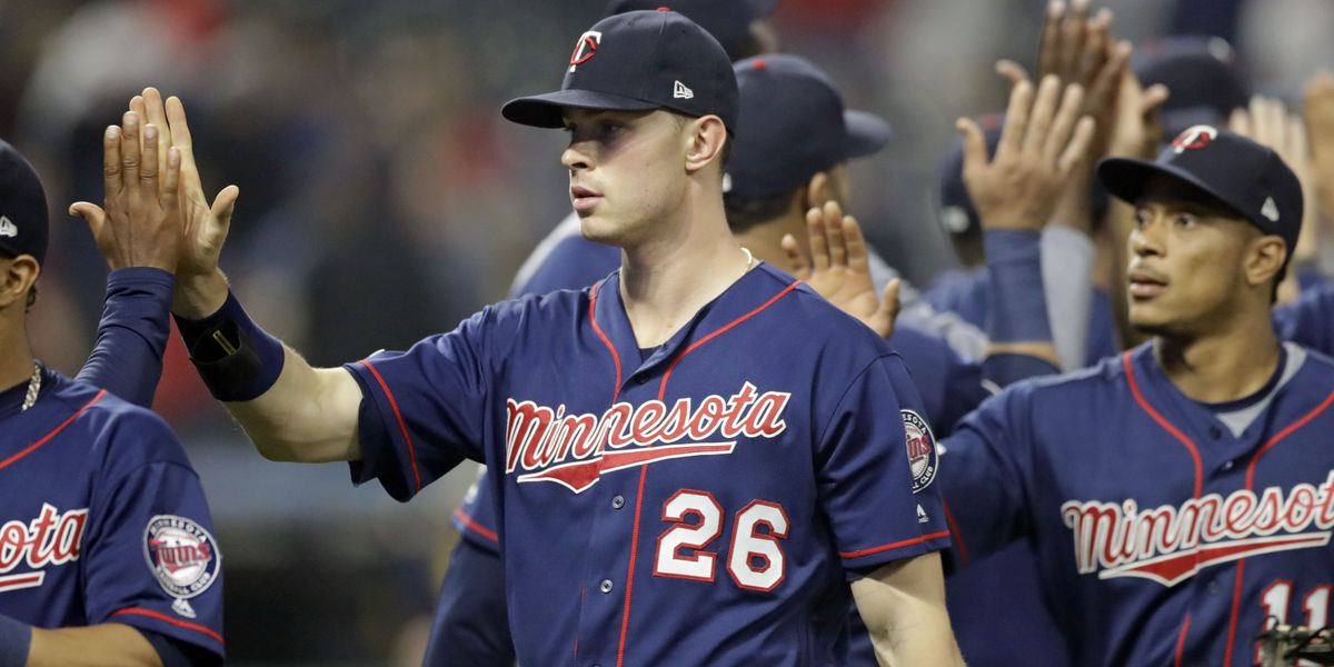 Kepler hits 3 homers, Twins edge Indians 5-4 to avoid sweep