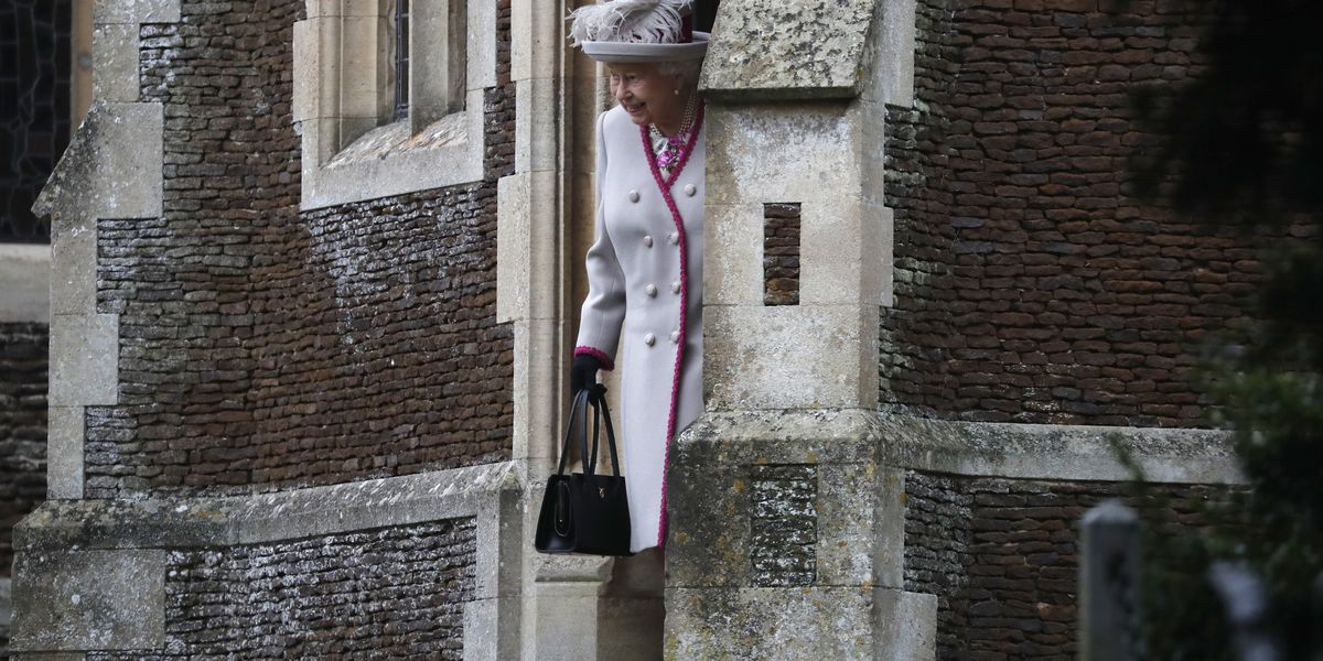 Queen Elizabeth II riffs on wisdom, family's busy year