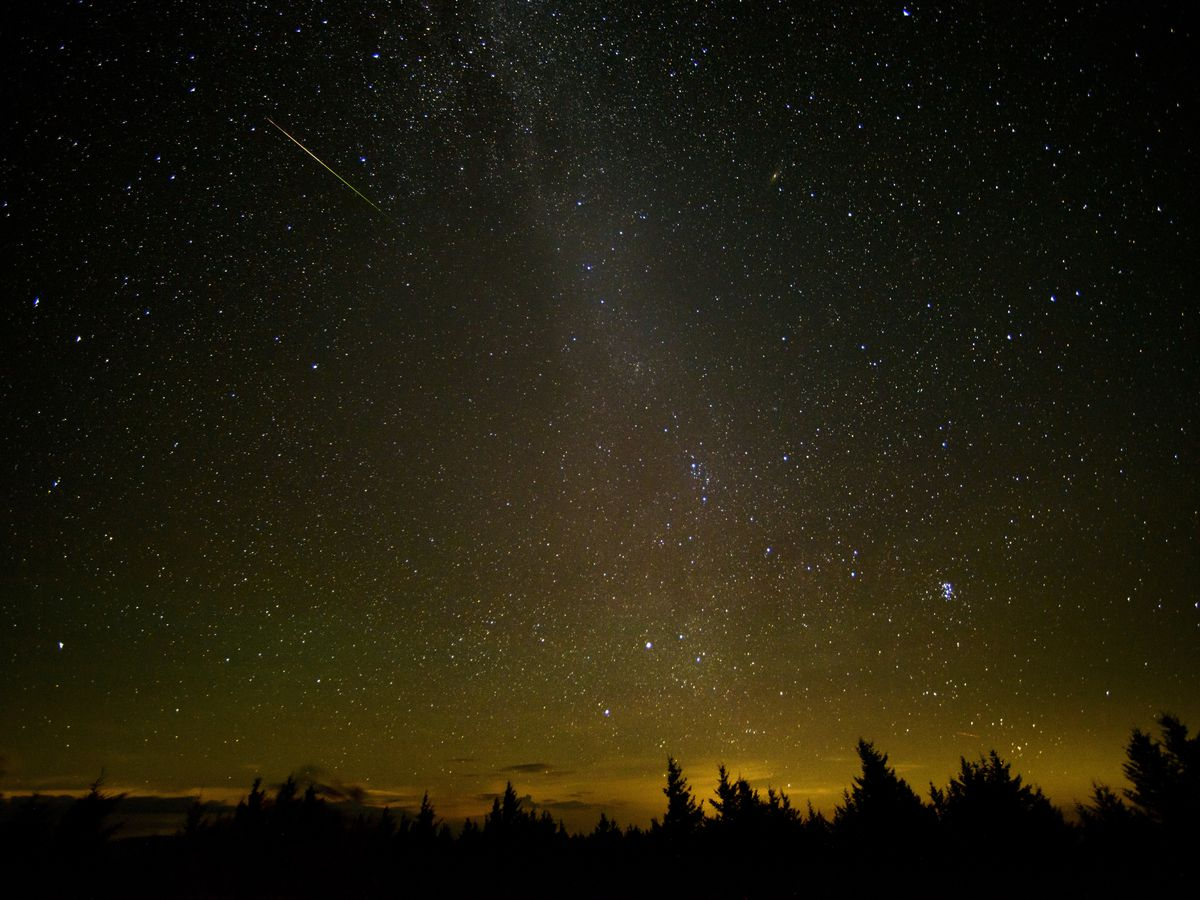 'Unicorn' meteor shower could produce rare storm Thursday night