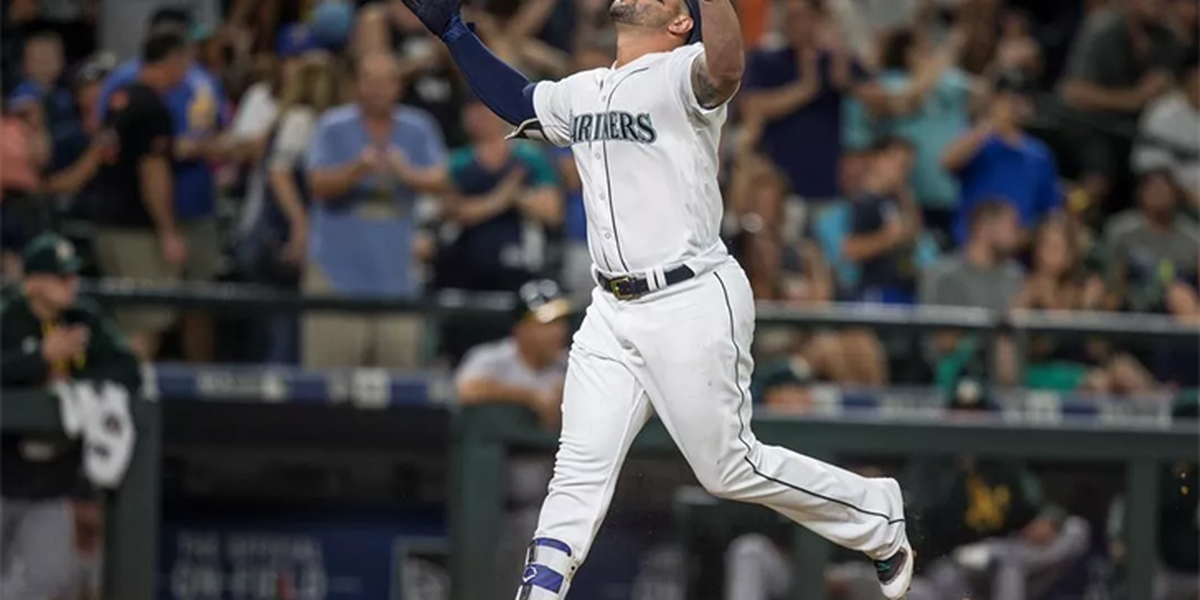 Cleveland Indians sign 1B Yonder Alonso to 2-year, $16 million deal