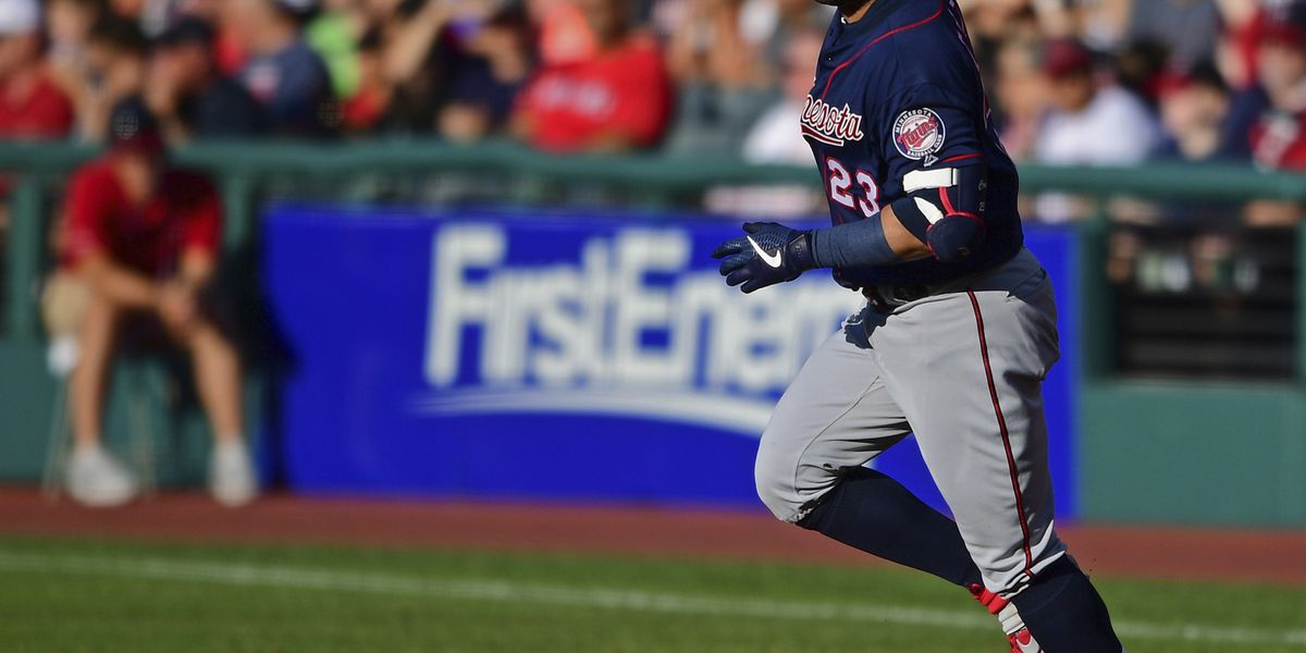 Twins rally, slow charging Indians 5-3 to win series opener