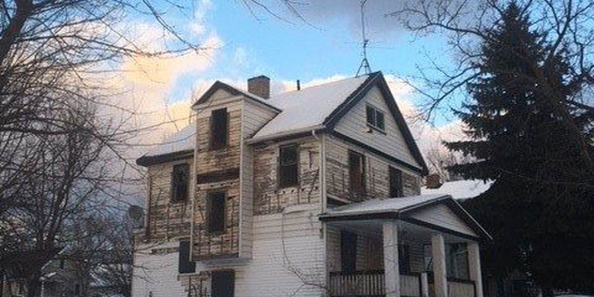 Non-profit works to demolish thousands of abandoned Cleveland homes, one house at a time