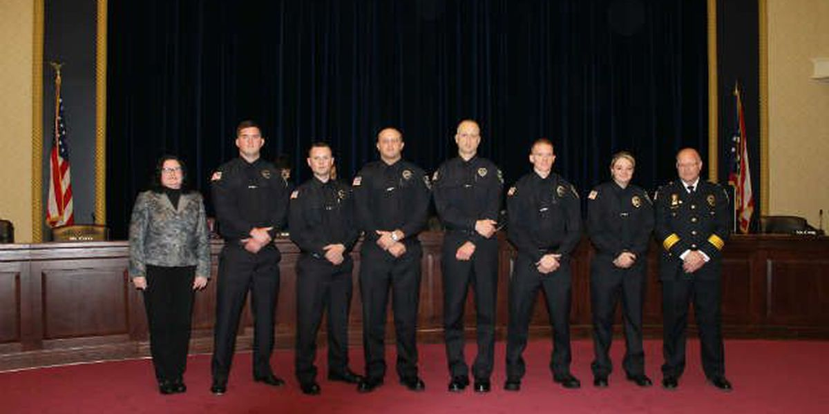 6 new police officers sworn into Elyria PD