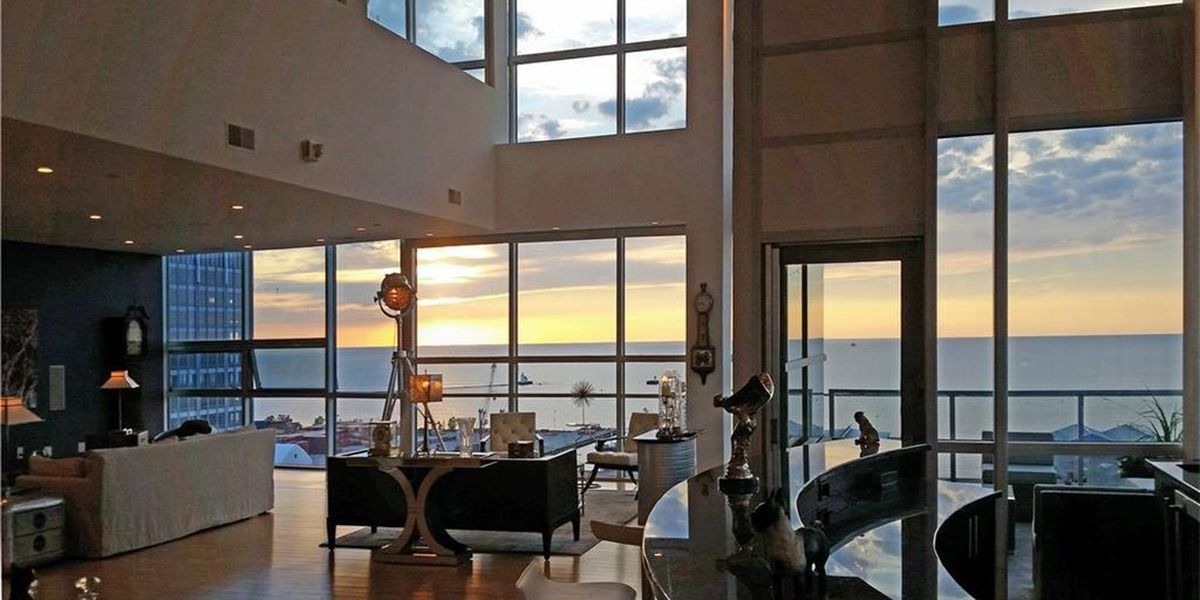 Ever wonder what it looks like inside a $1.5M penthouse in Cleveland? (photos)