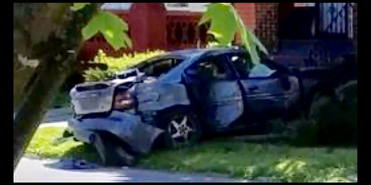 91-year-old Cleveland man dies 6 weeks after being run over in his front yard; driver and passenger remain at large