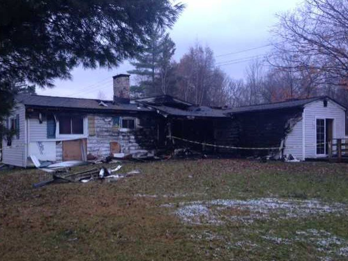 4 people hospitalized after Chardon house fire