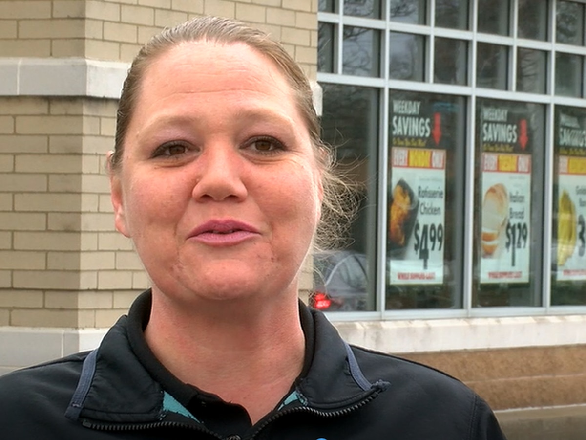 Euclid grocery manager praised by community for hard work during difficult times