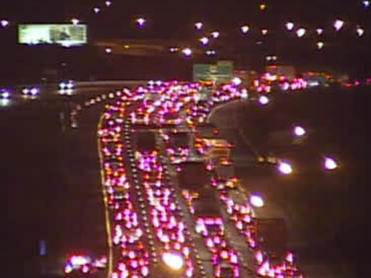 More traffic delays arise on Interstate 480 for drivers during morning commute