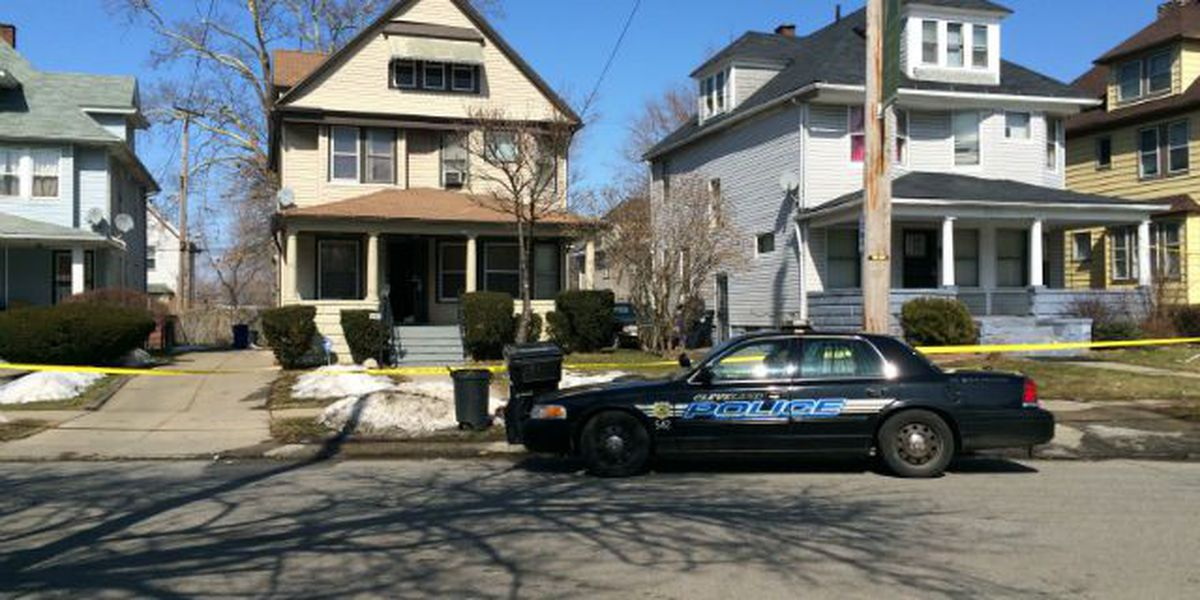 Teen shot in possible home invasion