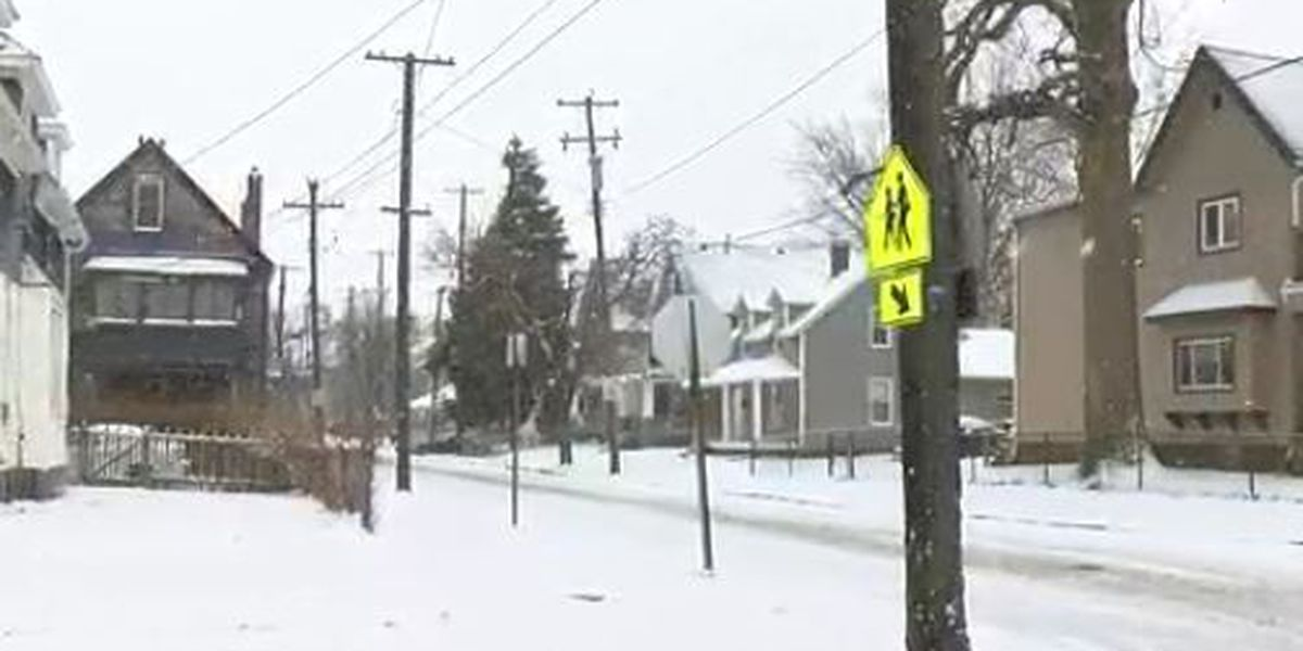 Four males take off after OSHP chase through Cleveland neighborhood