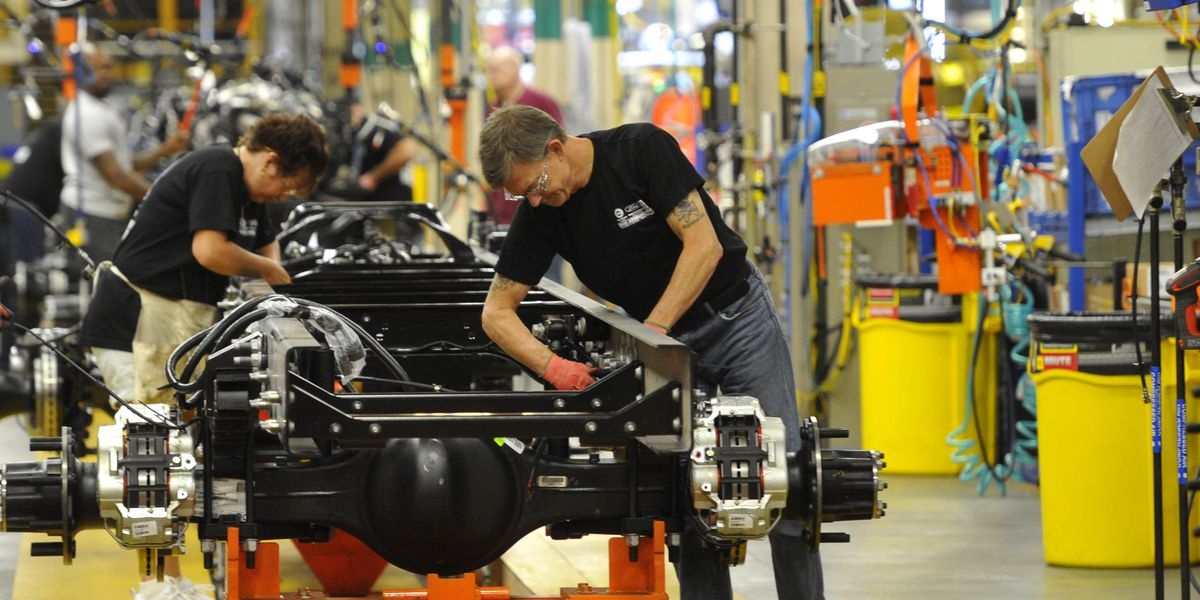 Ford pledges $900 million and 1,500 new jobs to Avon Lake assembly plant