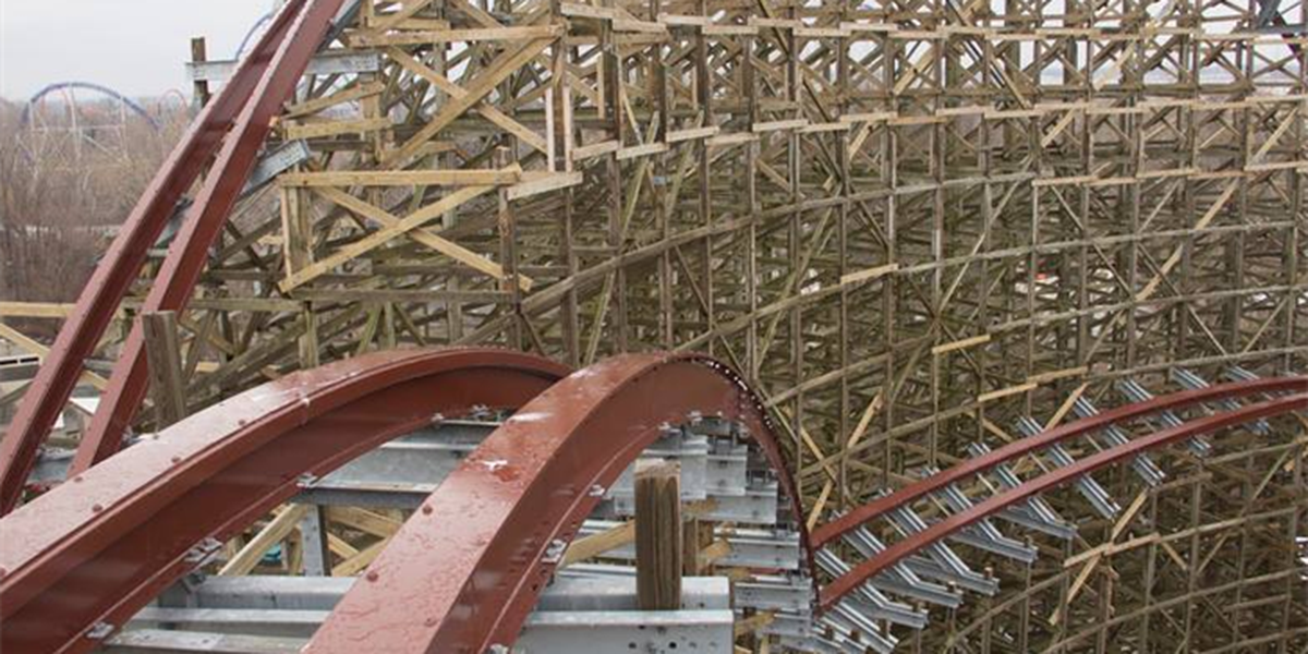 Get a sneak peek of Steel Vengeance coaster (video)