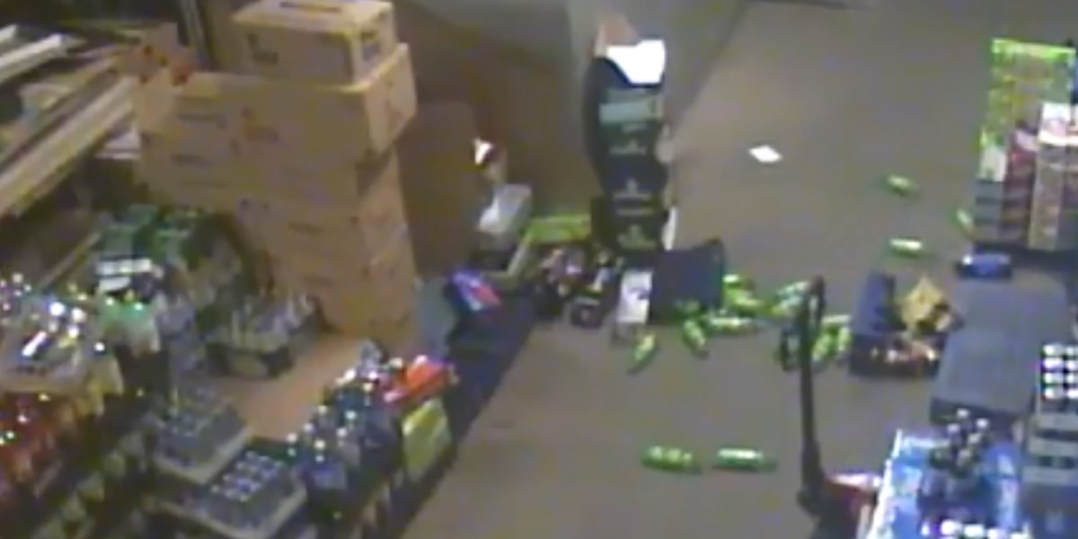 Lowly stack of beverages toppled over at Mentor grocery during earthquake (video)