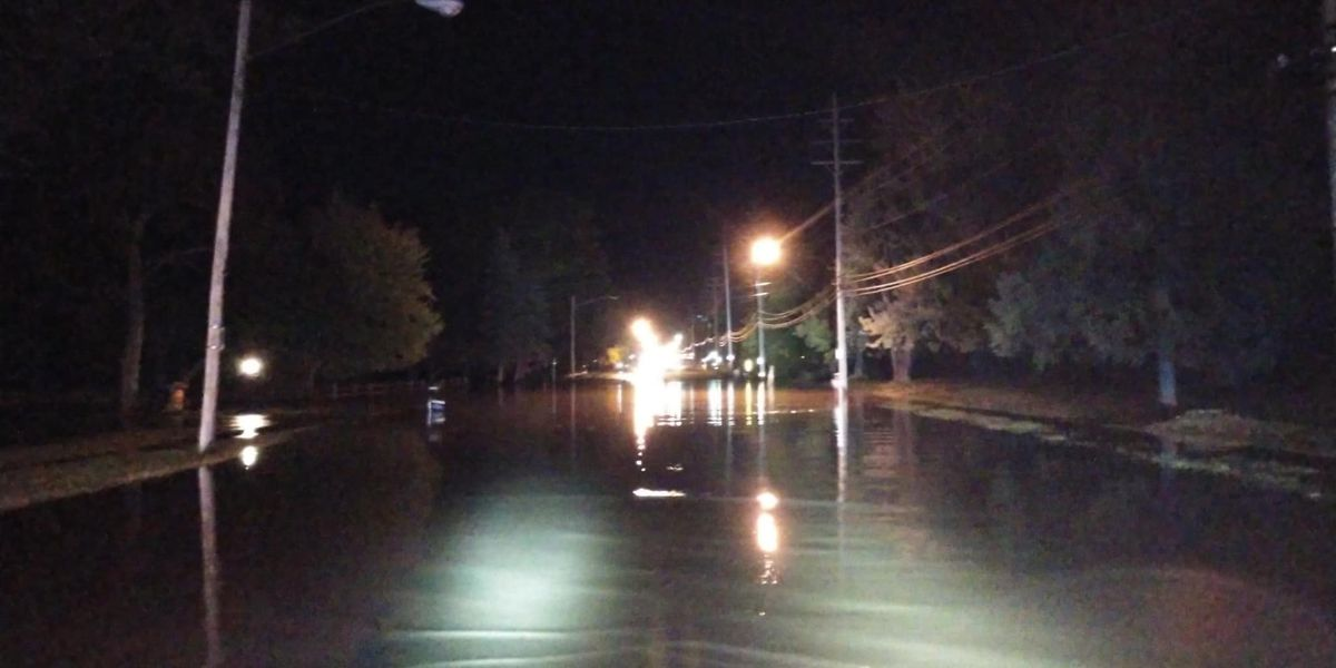 Boil Advisory: 'Major' water main break in Richmond Heights floods road, causes outages for residents in surrounding cities