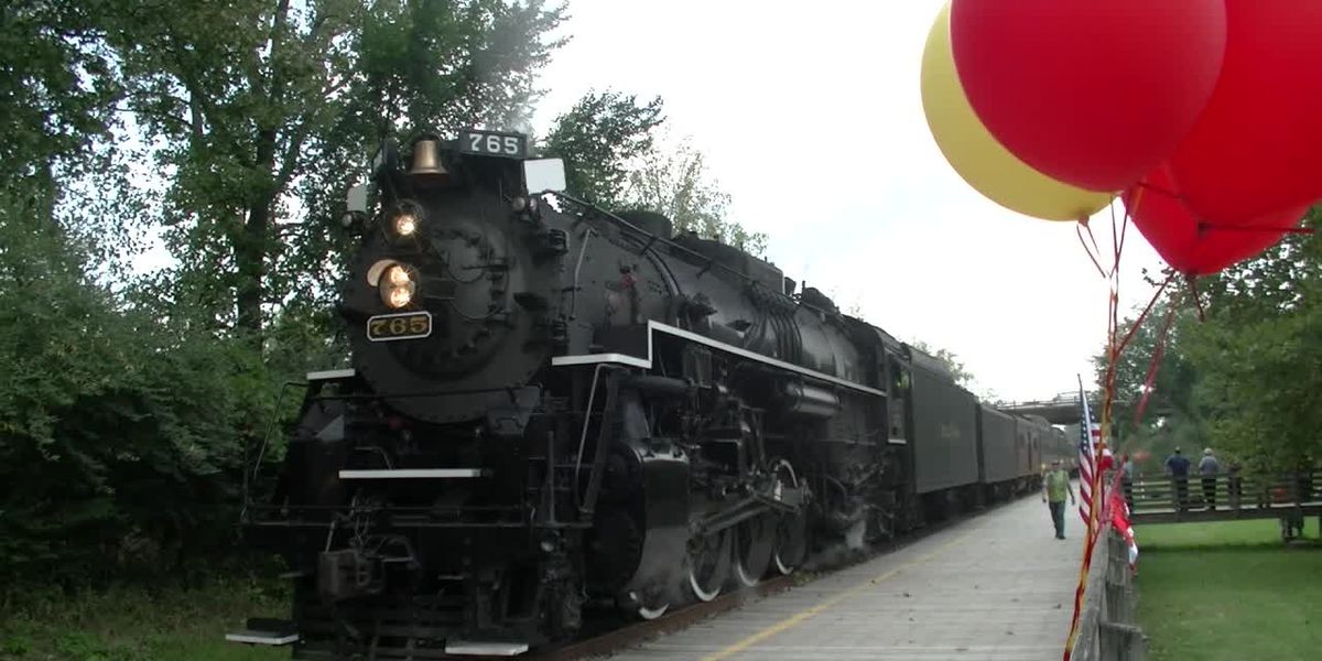 Public train rides return to Cuyahoga Valley National Park
