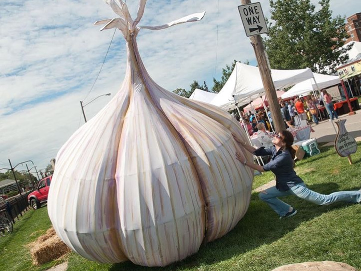 Pass the breath mints! The Taste Buds are talking about this weekend's garlic and pickle festivals