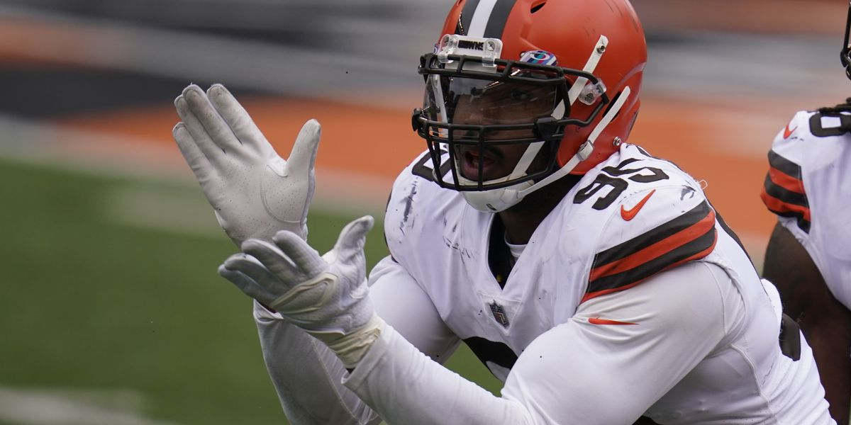 Cleveland Browns await results of MRI for Myles Garrett's knee injury