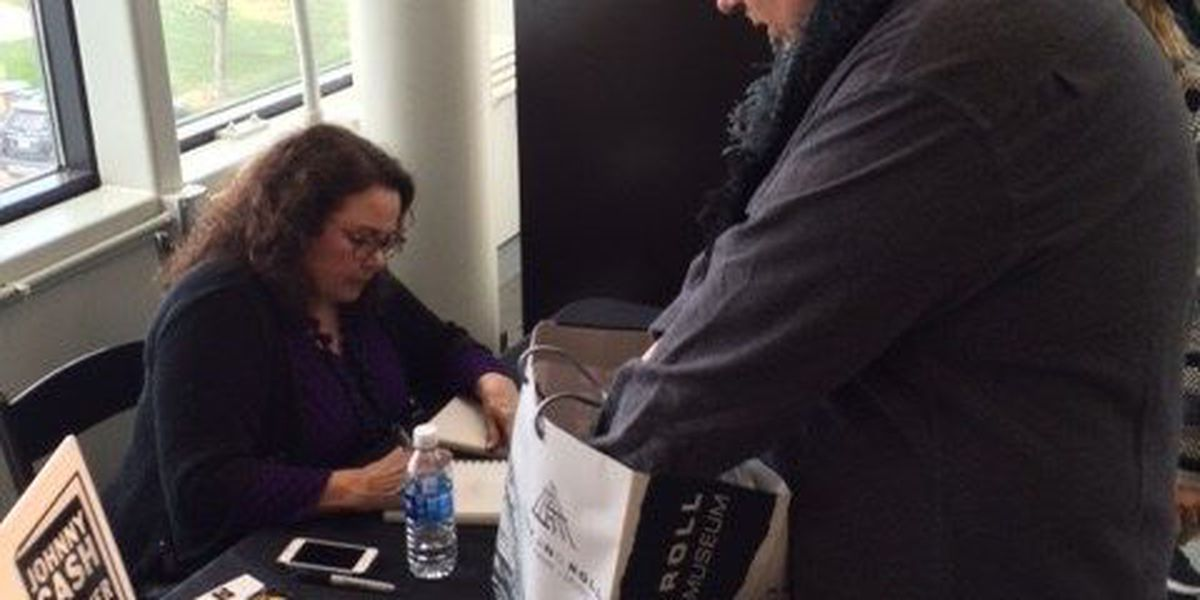 Johnny Cash's youngest daughter to sign copies of her new book at Rock Hall