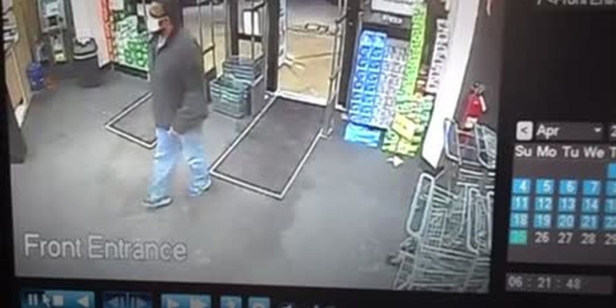 Man wanted for stealing cash from register at Willoughby Walgreens