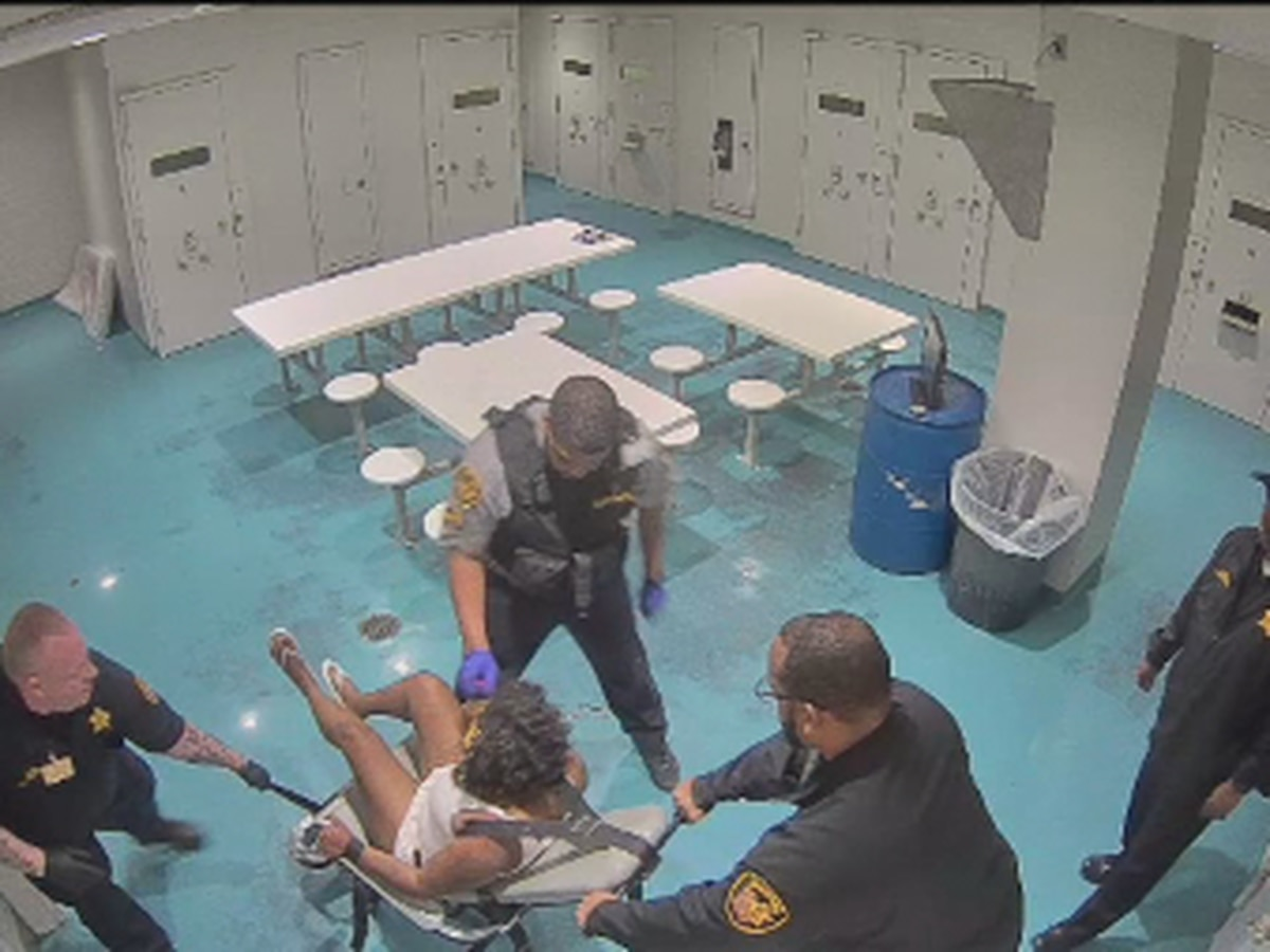 Video shows Cuyahoga County Jail officers hitting, using pepper foam