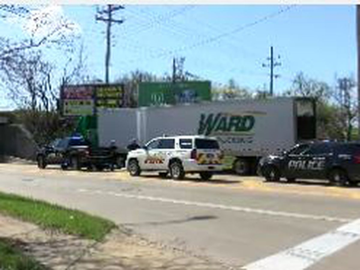 Euclid: Road re-opened after crash, cargo spill