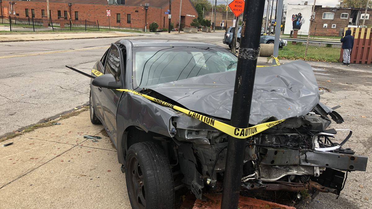 Neighbors question why two vehicles damaged in a hit/skip were not towed right away