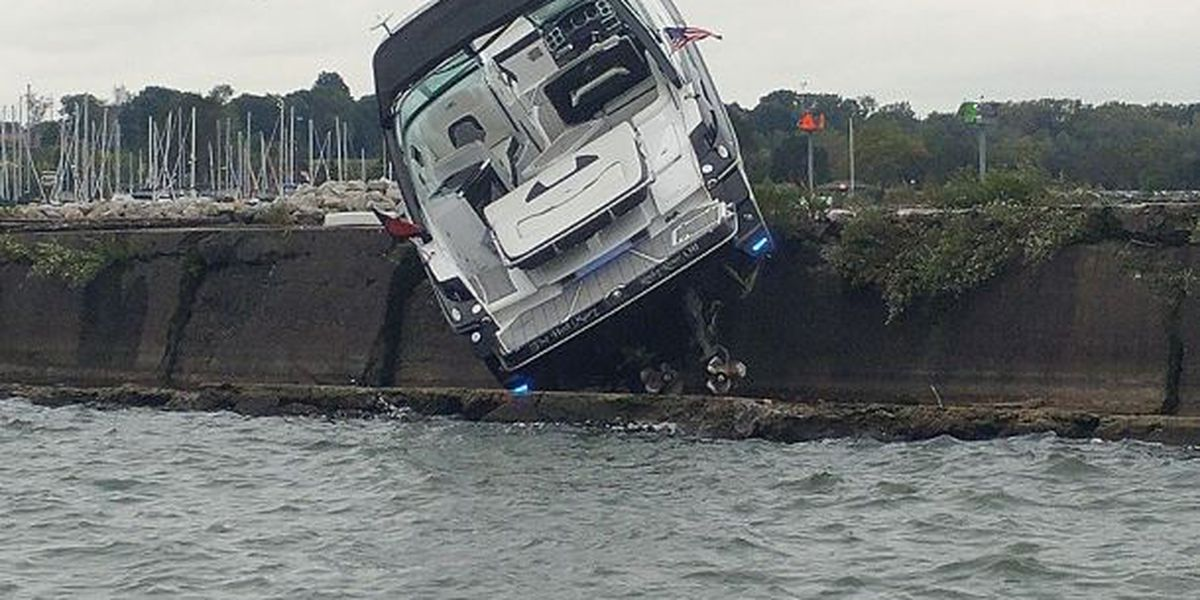 Driver of Lake Erie boat accident says channel markers likely weren't lit