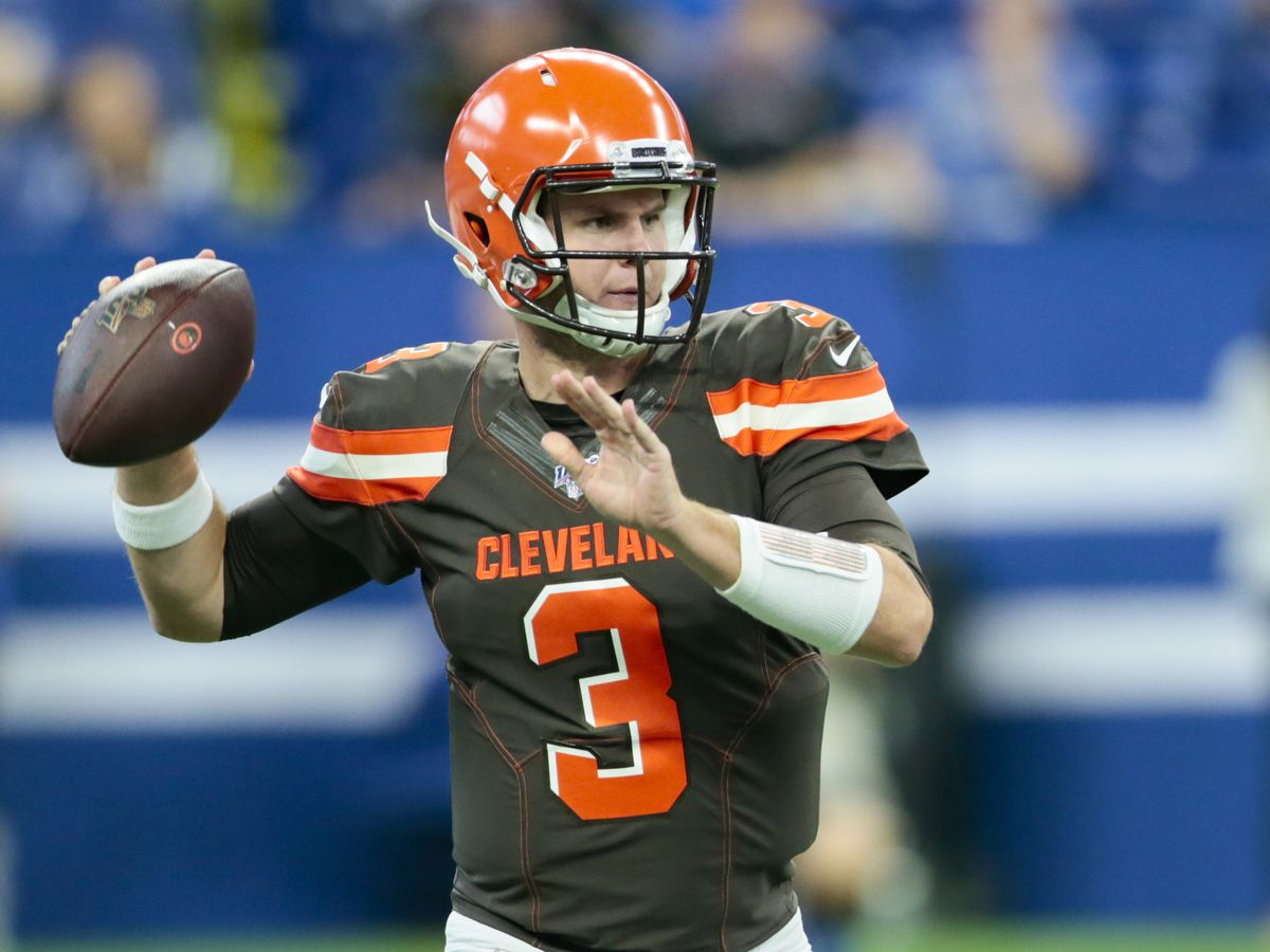 Backup QBs lead Browns past Colts 21-18 as Hunt returns
