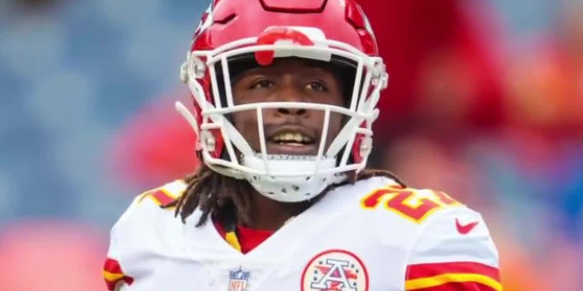 Who is Kareem Hunt, and what should we expect from the controversial star player