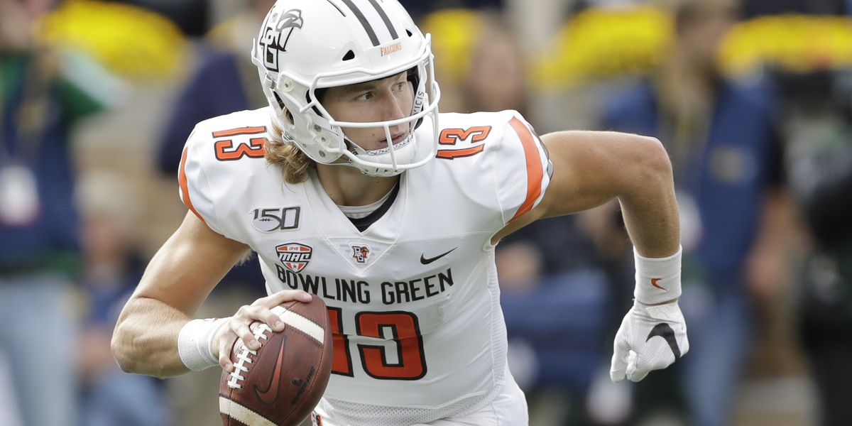 Bowling Green keeps Akron winless, 35-7, behind Loy