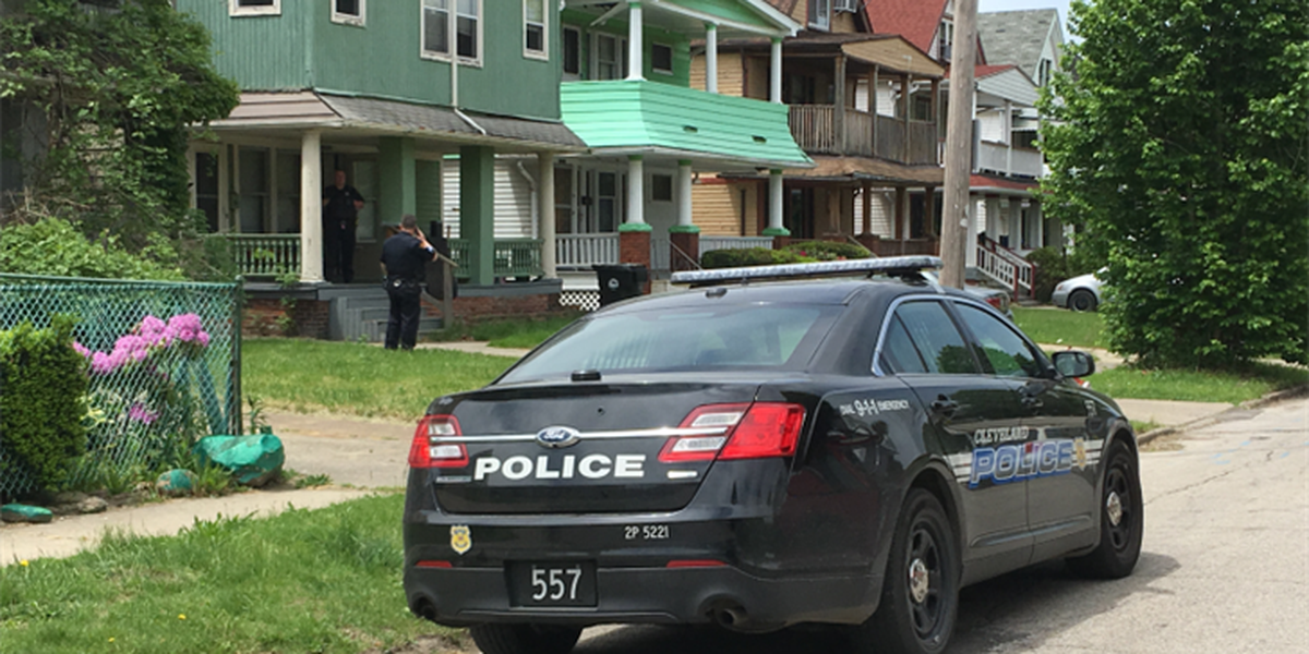 Man shot in the stomach on Cleveland's east side