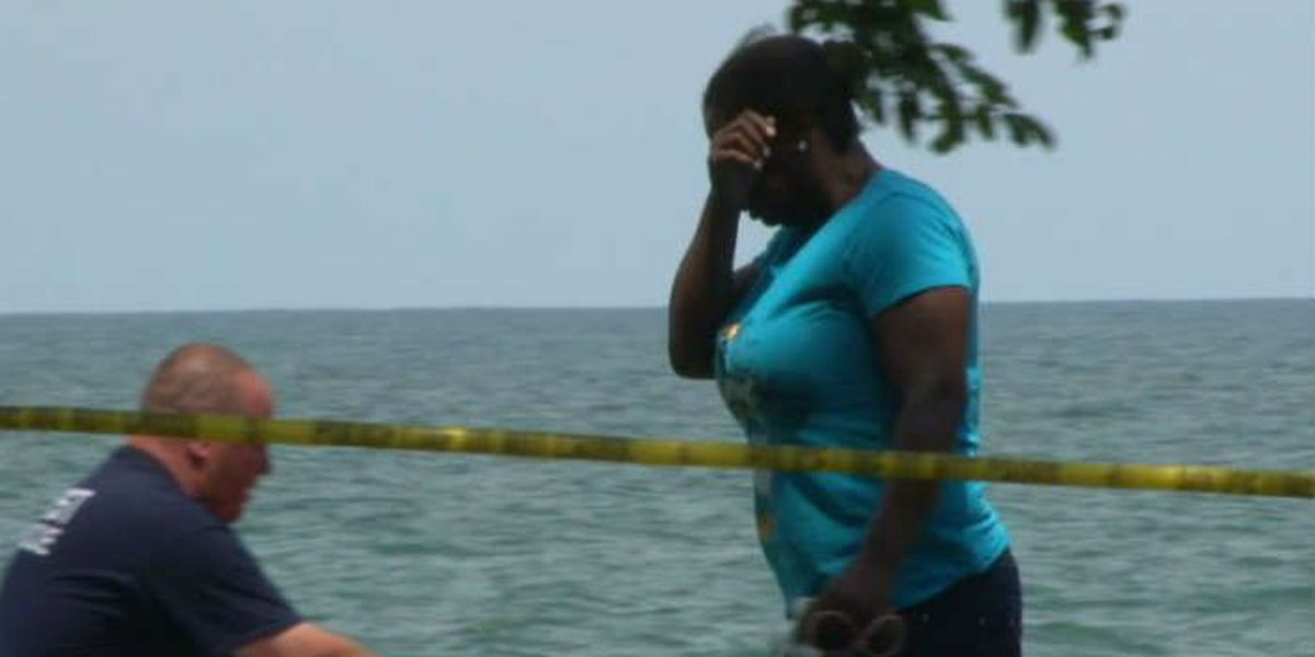 Human chain unsuccessful, body of 21-year-old man recovered from Lake Erie in Avon Lake