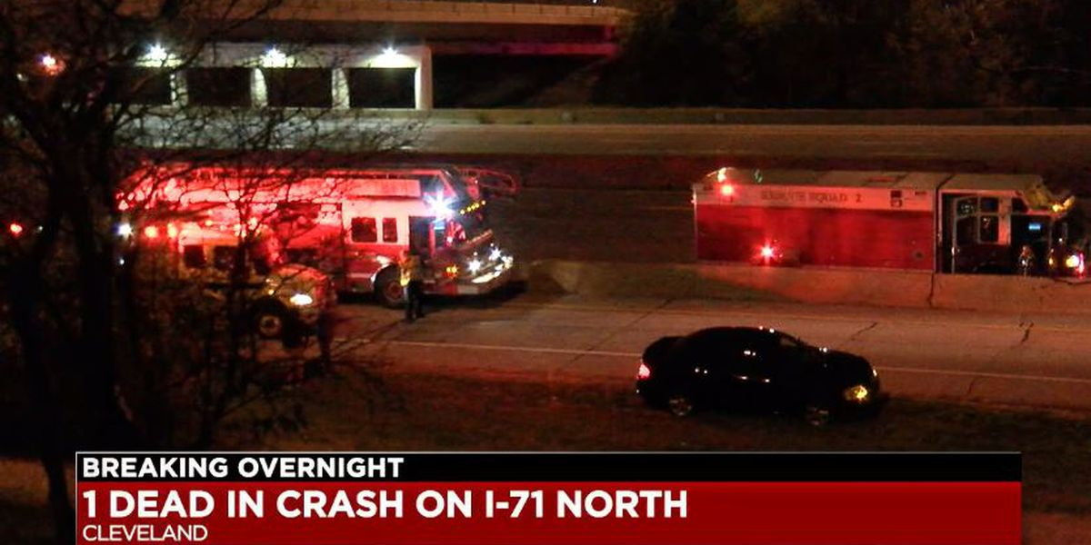 40-year-old man dead after swerving into trees on I-71 north